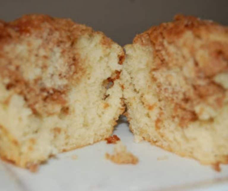 Cinnamon Citrus Crumble Muffins