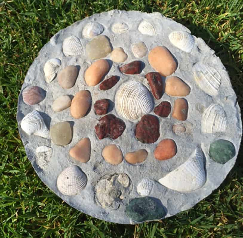 Seashell DIY-How to Create a Garden Stepping Stone