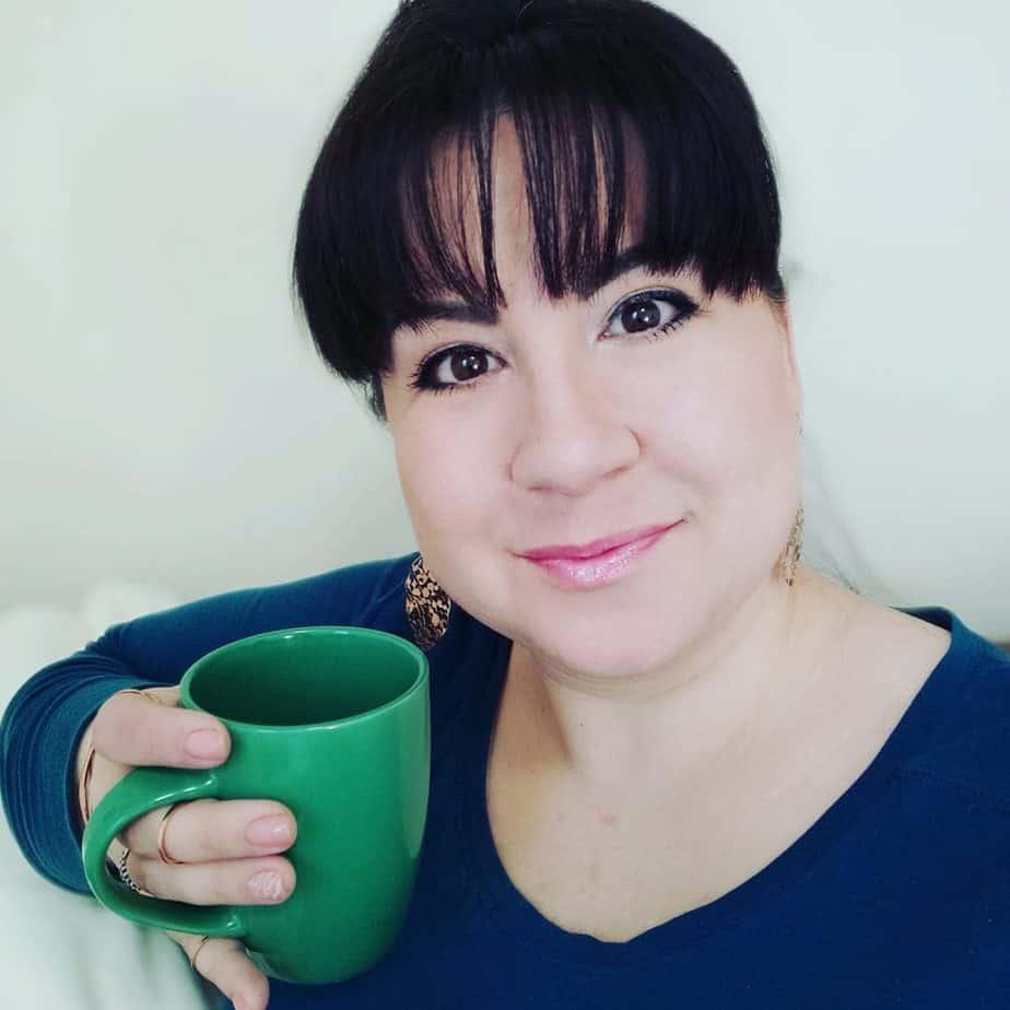 Lisa Yvonne author